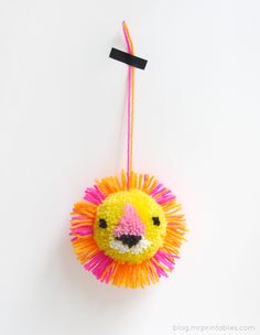 So cute. DIY Animal Pompoms - Tutorial | Mr Printables