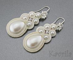 Ribbon Jewelry, Boho Jewelry, Jewelry Crafts, Wedding Jewelry, Beaded Jewelry, Jewelry Design, Soutache Necklace, Beaded Earrings, Fashion Earrings