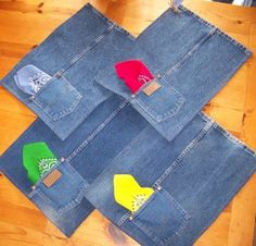 DIY jeans placemats - picture only Jean Crafts, Denim Crafts, Diy Jeans, Quilting Projects, Sewing Projects, Fabric Crafts, Sewing Crafts, Denim Ideas, Quilted Table Runners