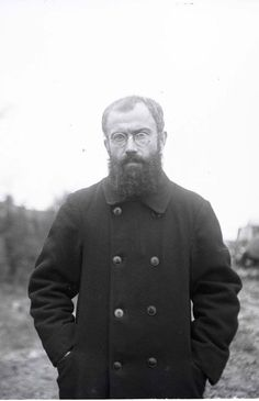 St Maximillian Kolbe with what looks like a navy P coat on. It does appear to have anchors on the buttons. Maximillian Kolbe, St Maximilian, Lives Of The Saints, Sisters In Christ, Most Beautiful Faces, Catholic Saints, Blessed Mother, Before Us, Religious Art