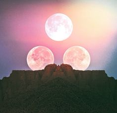 Moon   @invokethespirit