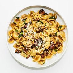 Pasta Carbonara, Penne Pasta, Camping Desserts, Bon Appetit, Risotto Cremeux, Dutch Oven Recipes, Quick Recipes, Recipes, Eating Clean