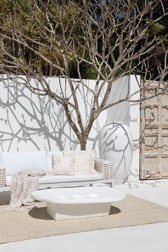 Outdoor Spaces, Outdoor Living, Outdoor Decor, Rustic Outdoor, Exterior Design, Interior And Exterior, Ibiza, Zara Home, Porches