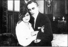 Conrad Veidt and Anita Berber in Eerie Tales 1919 Anita Berber, Conrad Veidt, Berlin, Flapper, Bagdad, Myrna Loy, Famous Couples, Hollywood Walk Of Fame, Cabaret