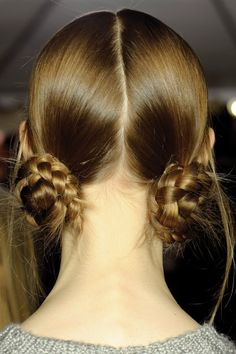 Tresses en chignons -with bangs in front adorable