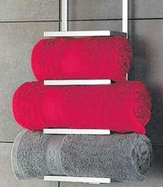 Porte serviettes de salle de bains sur pinterest rideaux - Range serviette de bain ...