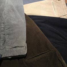 Corduroy slim fit trousers from the masters Incotex. #incotex #corduroy #menswear #gabucci #slowear