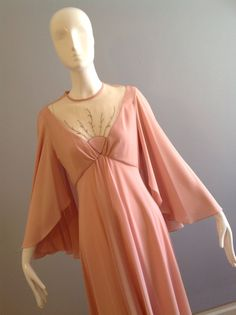 SALE 25% OFF Vintage 70s Boho Hippie Light Pink CAPE by styleback Mary or Lily