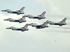 A look at the Blue Angels and Thunderbirds