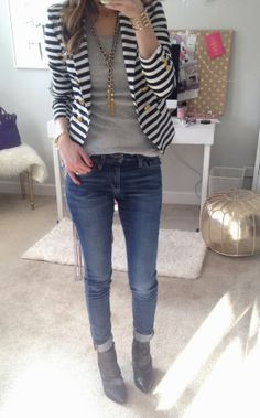 How To Wear a Striped Blazer                                                                                                                                                                                 Más