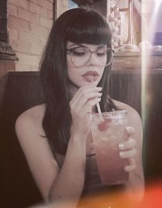 I want my bangs Like this and the glasses :)