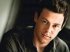 "Finn, love me some ""Glee"""