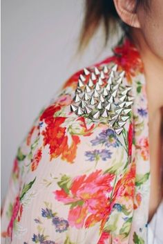 floral e spikes