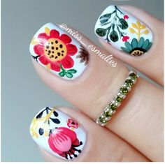 Flowers do not always open, but the beautiful Floral nail art is available all year round. Choose your favorite Best Floral Nail art Designs 2018 here! We offer Best Floral Nail art Designs 2018 .If you're a Floral Nail art Design lover , join us now ! Get Nails, Hair And Nails, Mexican Nails, Manicure, Floral Nail Art, Flower Nails, Cool Nail Designs, Halloween Nails, Nail Arts