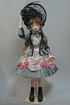 Milk porcelain ball jointed doll by `Angel`s Egg` dolls, via Flickr.