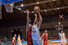 Giacomo Barraco in azione durante la vittoriosa semifinale di Coppa Italia 2016 Vis Nova Basket - Olimpo Alba