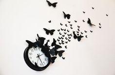 Wanduhr DIY: Mit Schmetterlingen eine Uhr basteln