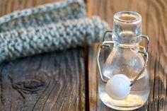 Ocet - 15 sposobów na naturalne sprzątanie Glass Of Milk, Light Bulb, Diy, Home Decor, Decoration Home, Bricolage, Room Decor, Light Globes, Do It Yourself