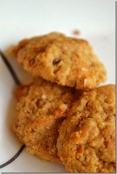 Peanut Butter Quinoa Cookies (gluten & wheat-free, vegan)