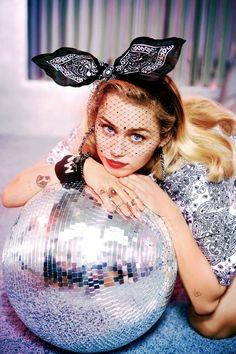 """""""Miley x Converse """""""
