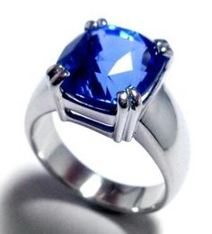 A Proud Blue Saffire stud in a fine handcrafted Platinum ring by S.S. Platinum