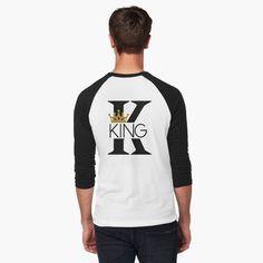 King shirts and hoodies for men! King Shirt, Tshirt Colors, Wardrobe Staples, Female Models, Classic T Shirts, Hoodies, Mens Tops, How To Wear, Fashion