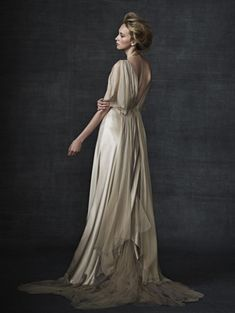 Amelie by Samuelle Couture. Elegant draping in double faced silk charmuese and silk chiffon. Chiffon underskirt, with cascading tiers of chiffon and hand-dyed silk tulle along hemline. Unique Dresses, Beautiful Dresses, Gorgeous Dress, White Wedding Gowns, Wedding Dresses, Wedding Bride, Belle Silhouette, Chiffon, Unconventional Wedding Dress