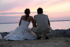 Wedding pictures ideas at the beach