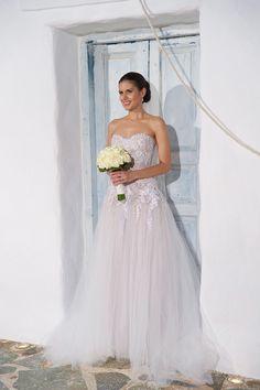 #wedding #weddingingreece #weddingphotography #bridal Greece Wedding, Wedding Photography, Bridal, Wedding Dresses, Fashion, Bride Gowns, Moda, Wedding In Greece, Bridal Gowns