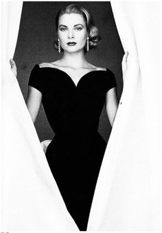 Grace Kelly ♥ check out that amazing neckline..... love the retro classy dame look