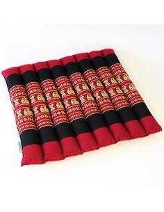 Quadratische Stuhlauflage mit fünf Zentimeter Polster