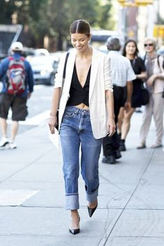 Street Style: A Sexy, Yet Polished Denim Look To Try Now