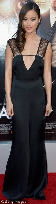 Jamie Chung in Giorgio Armani @ The Hangover III movie premiere Suit Jacket With Jeans, Orange Suit, Halter Dresses, Black Bandeau, Heather Graham, Jamie Chung, Green Gown, Silk Gown, Red Carpet Looks