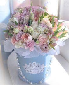 Flower Box Gift, Flower Boxes, Large Flower Arrangements, Beautiful Rose Flowers, Luxury Flowers, Flower Decorations, Wedding Flowers, Creations, Bouquets