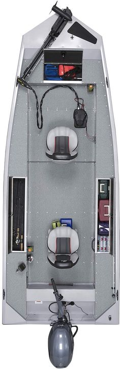 EAGLE 160PFT Spacieux, stable et confortable, le EAGLE 160PFT est une plateforme de pêche idéale pour la verticale. Coffre à cannes de série, rangements spacieux, sièges pivotants confortables: vous aurez tout à portée de la main. G3 Boats, Cannes, Eagle, Platform, Storage, Everything