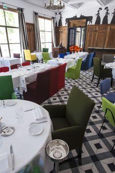 Hôtel Jules César, Arles (Maranatha Hotels) - Restaurant Lou Marques. Design by Christian Lacroix. Photo ©Philippe Praliaud