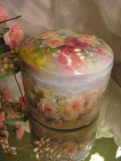 """Limoges France Beautiful Hand Painted Dresser Jewel Trinket Box ~ Vanity Keepsake Jar ~ Just as Sweet as can be"""" Hand Painted Roses ~ Giraud mark Circa 1920"""