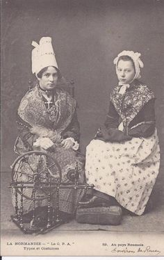 French folk costumes and jewellery from Normandy Costume Français, Costumes, French Costume, Normandy, Historical Clothing, World Cultures, Fashion History, Traditional Dresses, Beautiful People