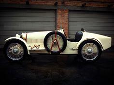 1935 Bugatti Type 35T GP #ClassicCars #VintageCars #VCI