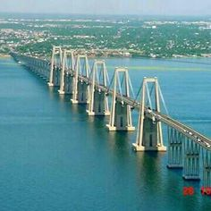 Cuando voy a Maracaibo y empiezo a pasar el puente....
