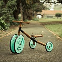 Motive - eco conscious tricycle made in SA by Milkshed