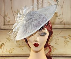 Elfenbein Fascinator Hut  Kentucky Derby Hut  von MadameMerrywidow