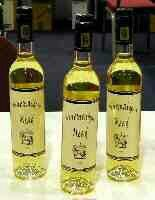 Nine Maidens Traditional Mead. Nice, but less sweet than Moniak.