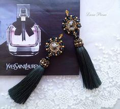 BiserStyle - бисер, бисероплетение, схемы Beaded Tassel Earrings, Tassel Jewelry, Earrings Handmade, Beaded Jewelry, Handmade Jewelry, Macrame Design, Bead Weaving, Beaded Embroidery, Jewelry Crafts