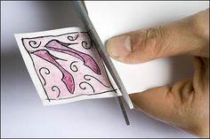 Kutistemuovi on jännä materiaali, josta voi tehdä pieniä koristeita esim. kortteihin, koruiksi ja avainrenkaiksi. Kutistemuovi on ohut muovikalvo, joka kuumennettaessa kutistuu noin 45 % alkuperäis…