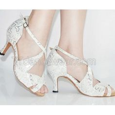 http://www.ttdancewear.com/latin-salsa-shoes/Free-Shipping-Wholesale-White-Satin-Silver-Print-Ballroom-Latin-Salsa-Dancing-Shoes