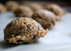 Clean Eating Recipe Box: Cacao Nib Energy Chunk