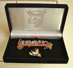 RARE HTF Disney 2 Pin Set Snow White and the Seven Dwarfs Mining Boxed Set LE OB