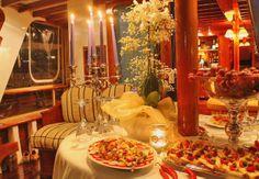 Boat rental cruises and weddings http://www.weddingcastleitaly.com/boatwedding_italy.html