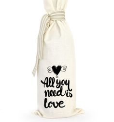 Grab a bottle of wine, put it in this bag and there you have the perfect gift. Great for dinner parties, birthdays, corporate gifts or wedding favors. Corporate Gifts, Gift Bags, Cool Gifts, Wedding Favors, Wine, Bottle, Wedding Keepsakes, Promotional Giveaways, Goody Bags